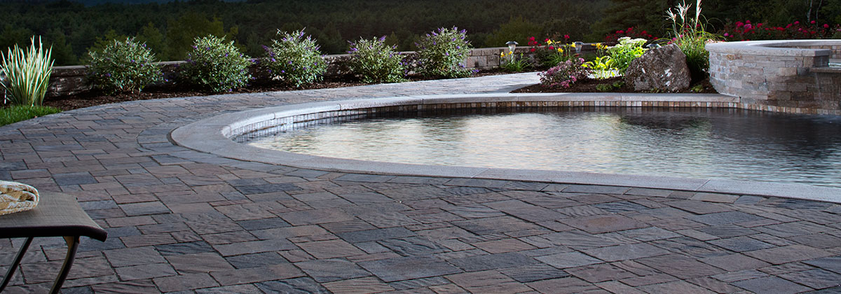 Urbana peoria brick company central illinois for Belgard urbana pavers